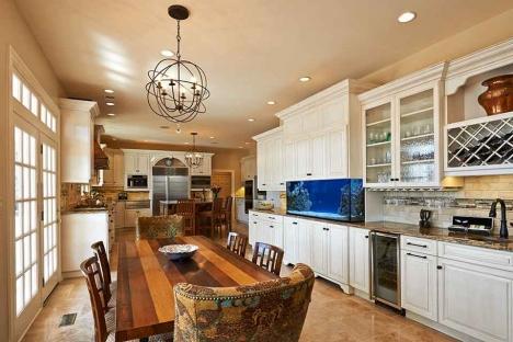 Kitchen Wood 32